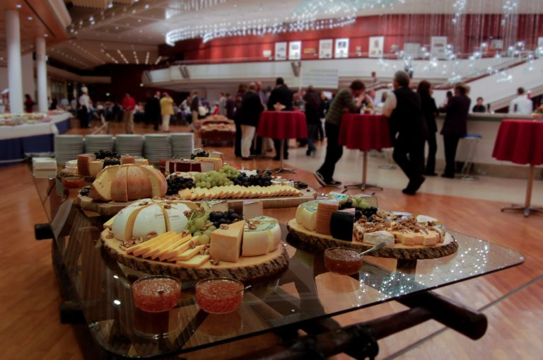 The Comprehensive Guide to Planning a Corporate Event