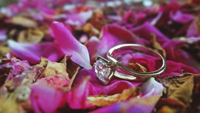 8 Different Types of Stones to Choose From for Your Wedding Ring