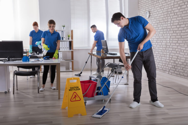 6 Reasons to Hire Professional Cleaning Services For Your Office
