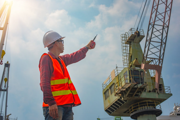 What You Should Know Before Using a Crane