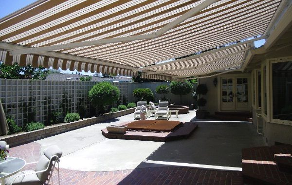How to Choose Your Pergola Awning